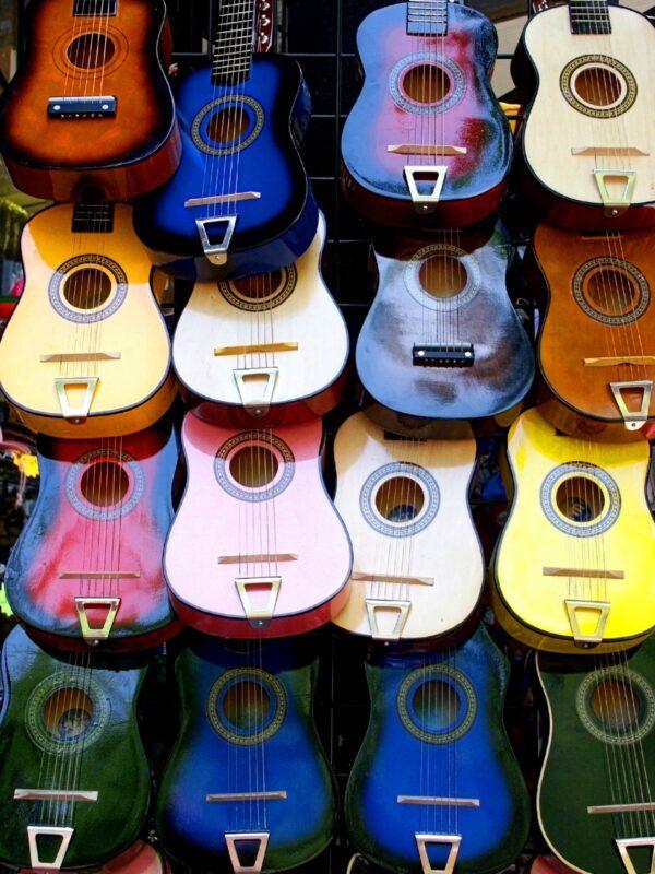 Color Guitars