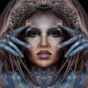 Silver Snow Queen